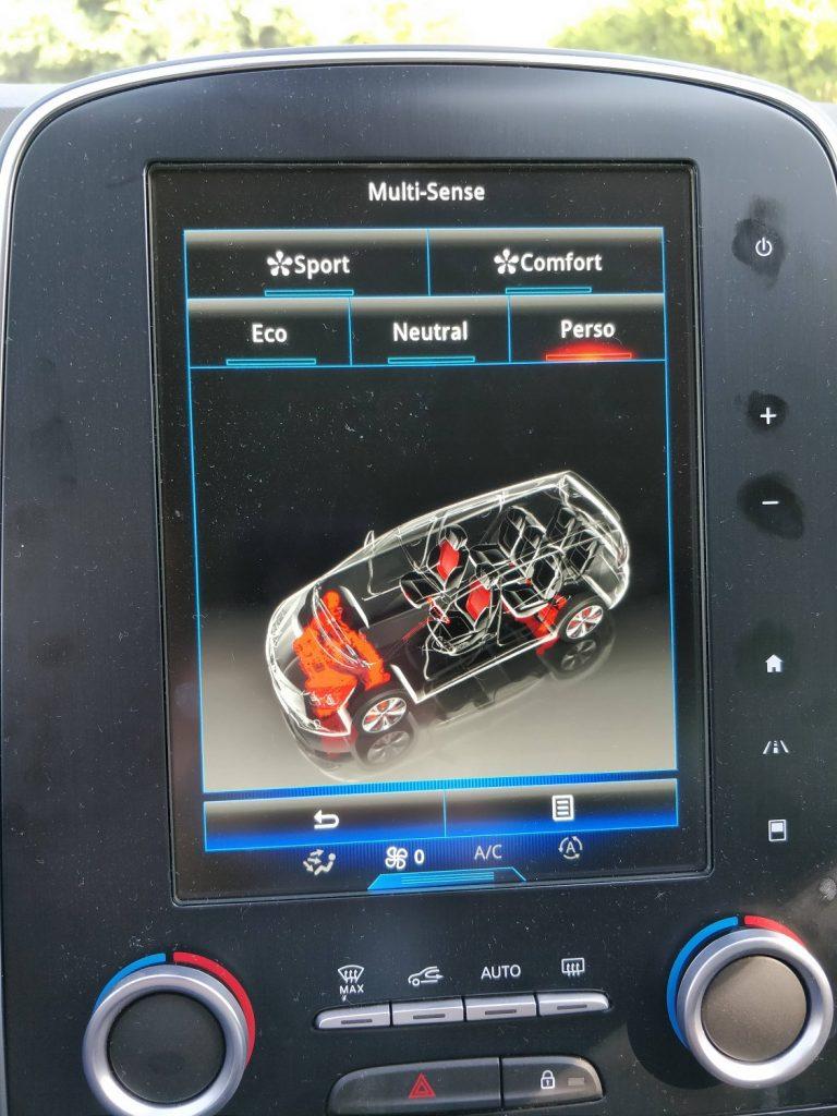 Prueba del Renault Grand Scénic - Sistema multimedia R-Link 2