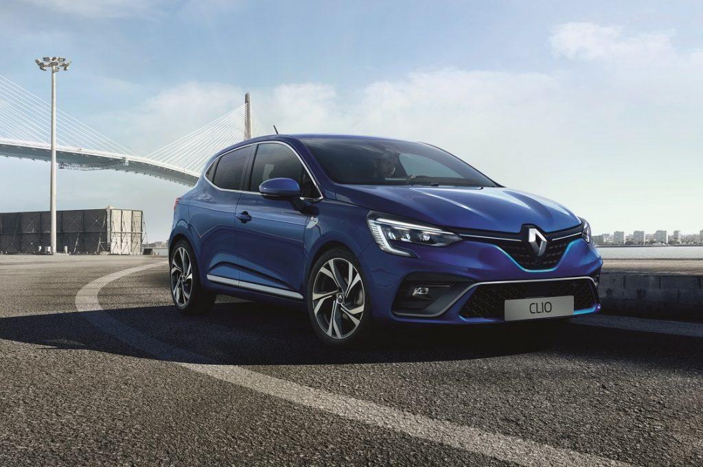 Imagen de un nuevo Renault Clio de color azul