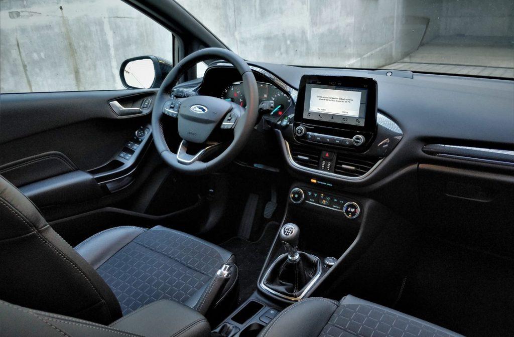 Imagen interior del Ford Fiesta Active
