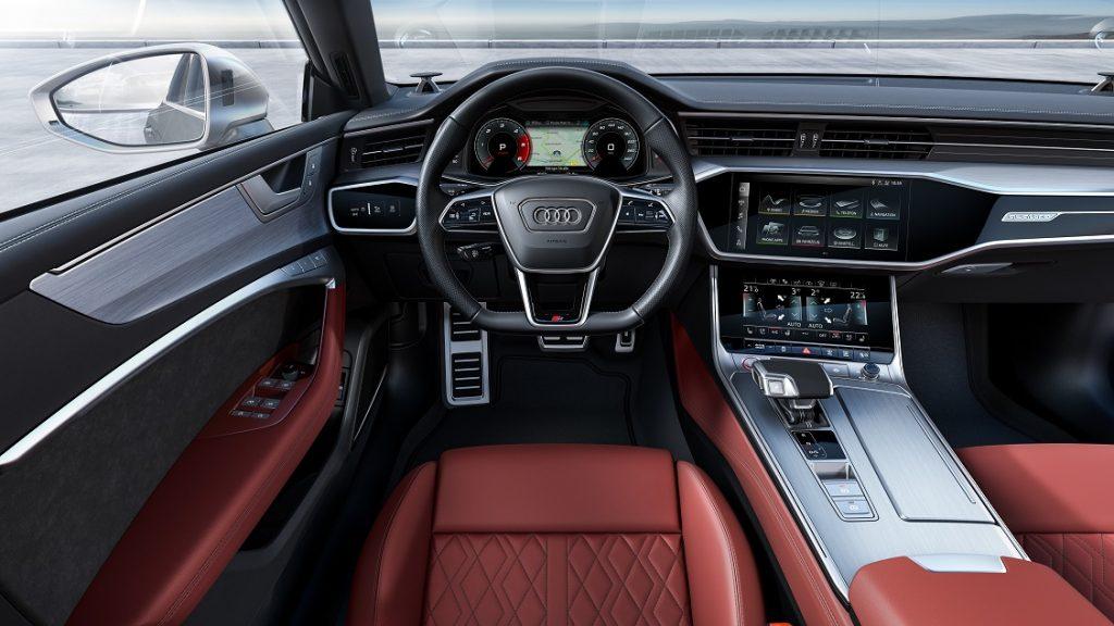 Imagen del interior de un Audi S6 TDI berlina