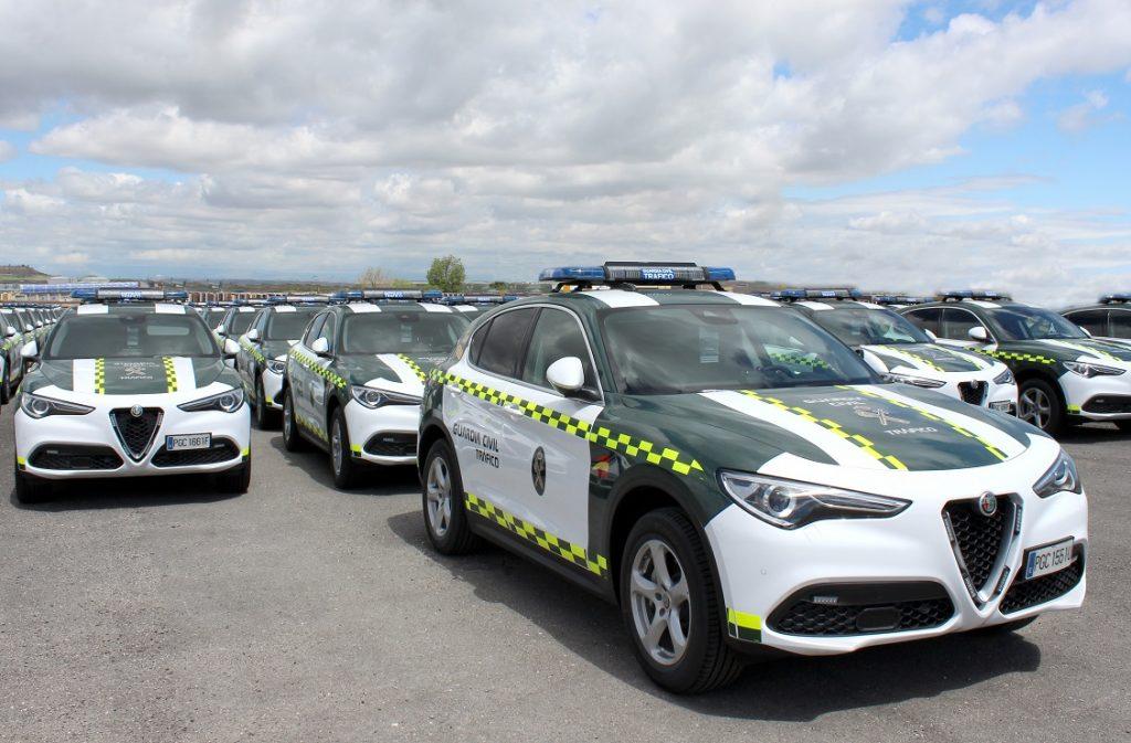Imagen de las unidades del Alfa Stelvio que estrena la Guardia Civil.
