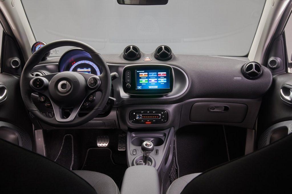 Imagen del interior del nuevo smart fortwo ushuaia 1
