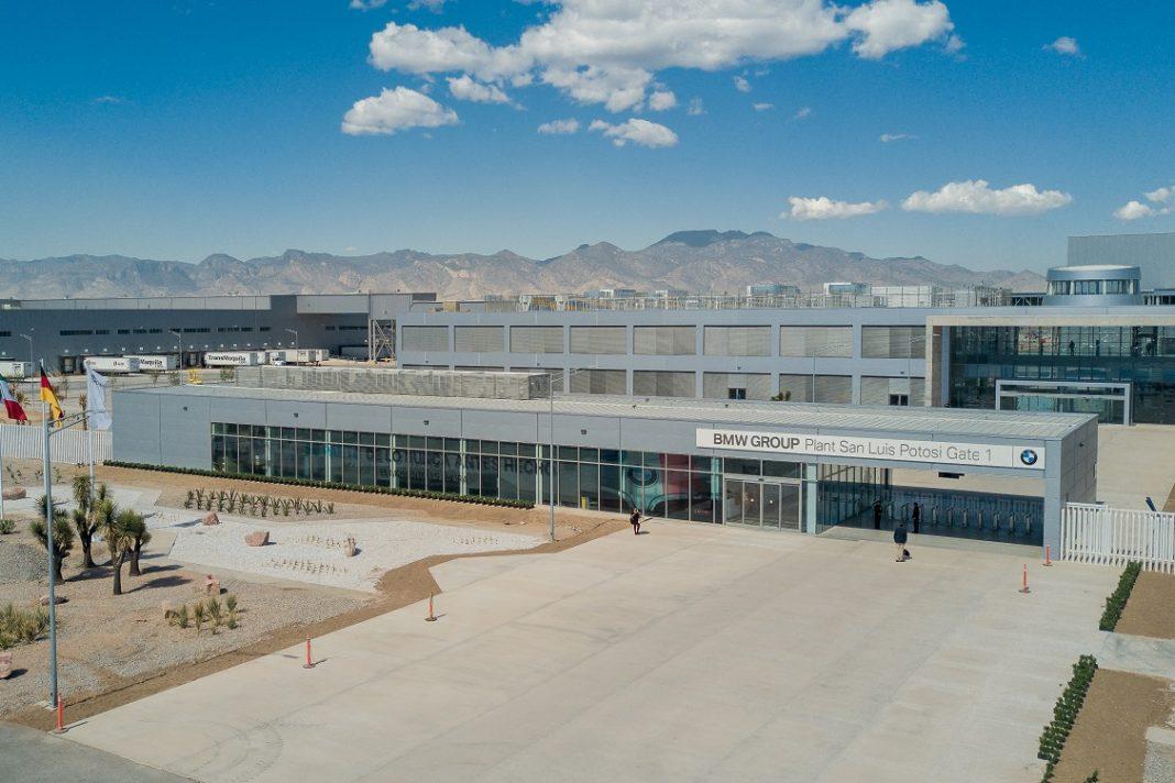Imagen exterior de la fábrica de BMW en México