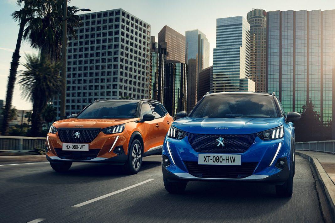 Imagen de dos unidades del nuevo Peugeot 2008