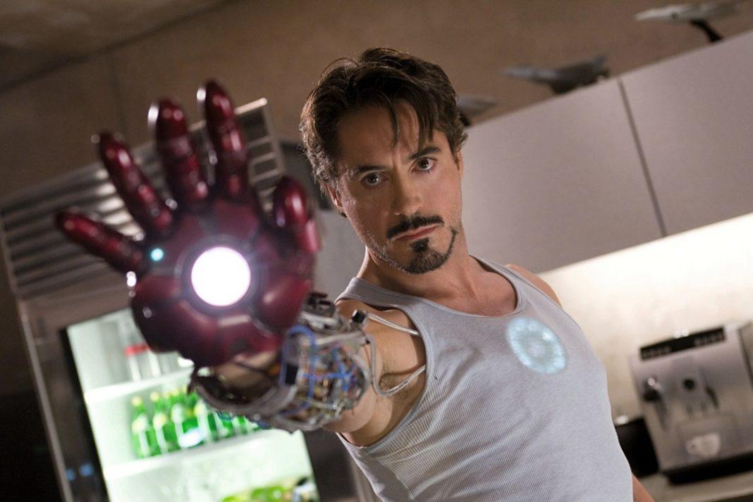 Robert Downey Jr. interpretando a Tony Star