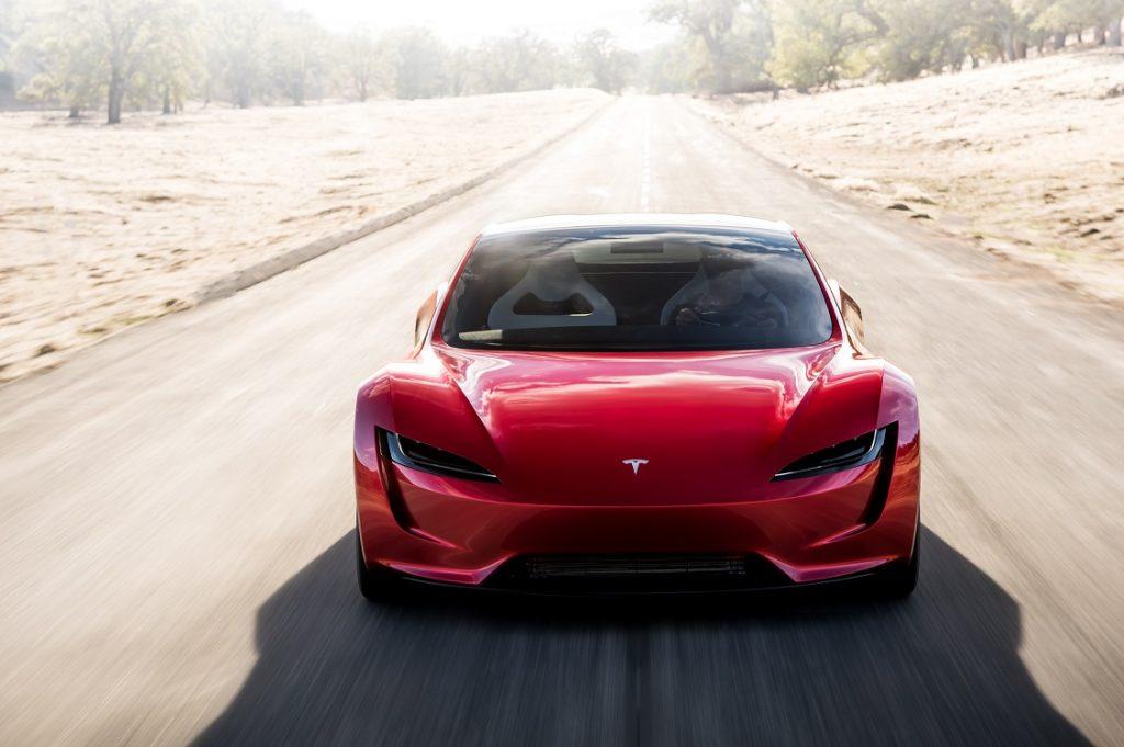 Tesla Roadster visto de frente