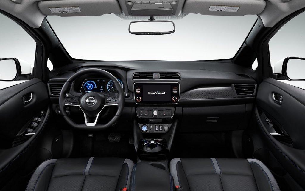 Interior del Nissan Leaf E+