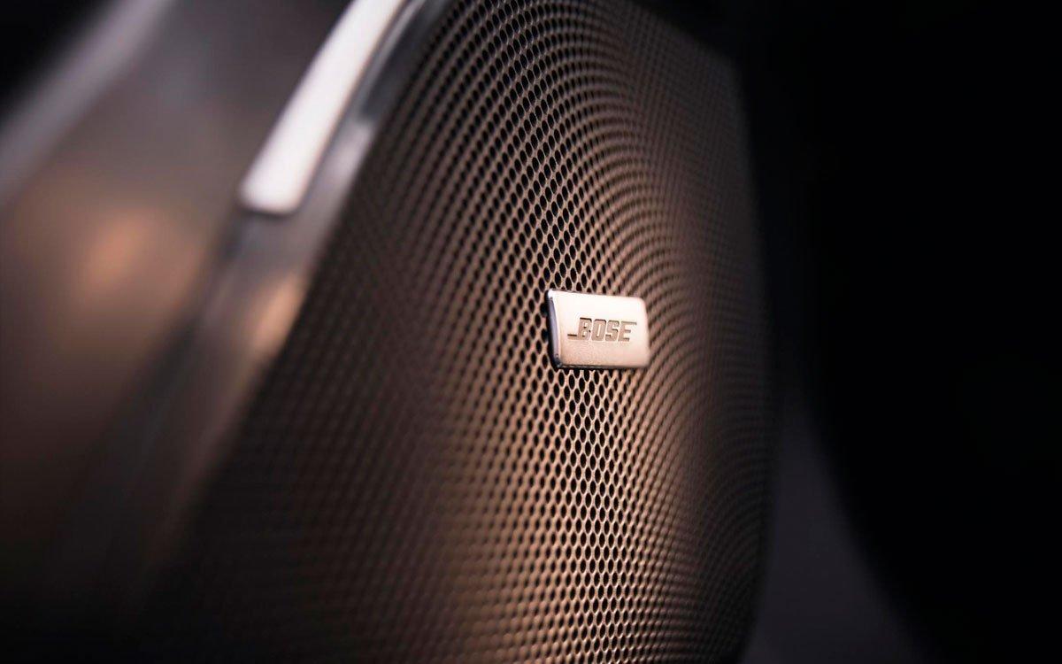 Detalle de un altavoz del sistema Bose del Renault Talisman