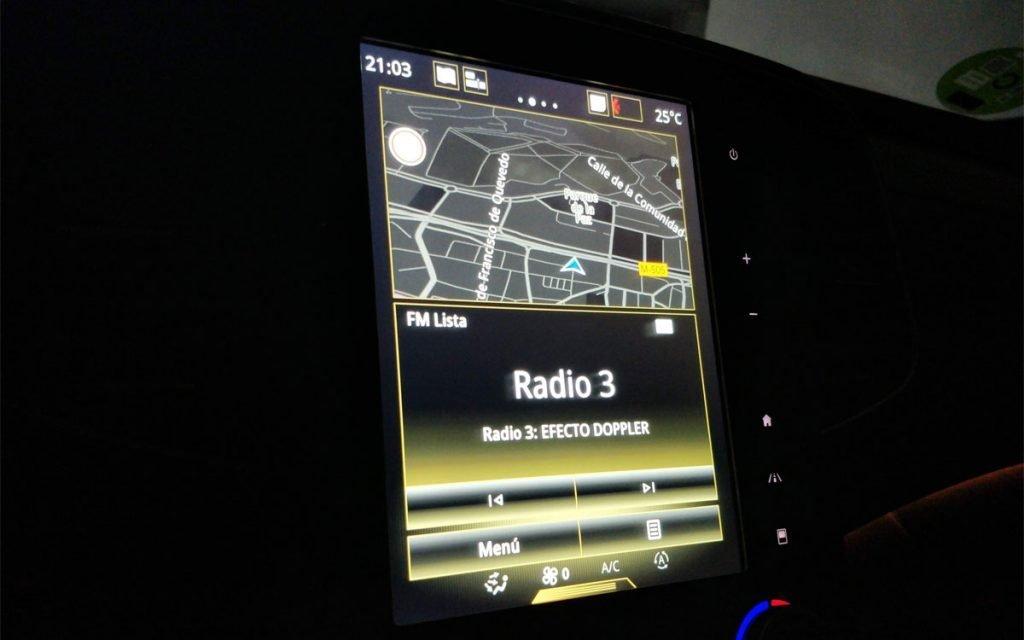 Pantalla de la radio en el R-Link 2