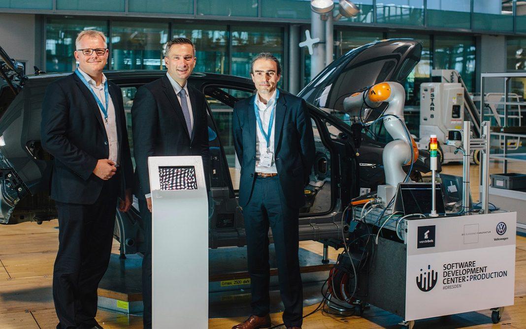 Imagen de la inauguración de la VW Industrial Cloud
