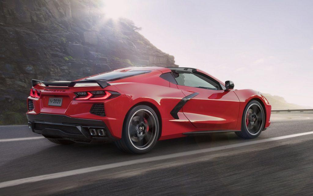 Imagen tres cuartos trasero del nuevo Chevrolet Corvette Stingray