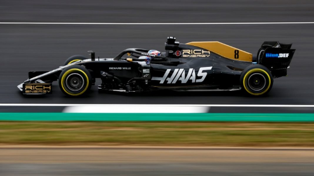Haas VF-19 lateral