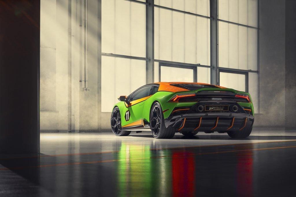 Lamborghini Huracán EVO Competition tres cuartos trasera