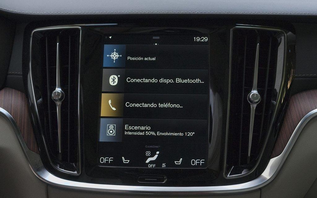 Pantalla principal Sensus del Volvo V60 Cross-Country