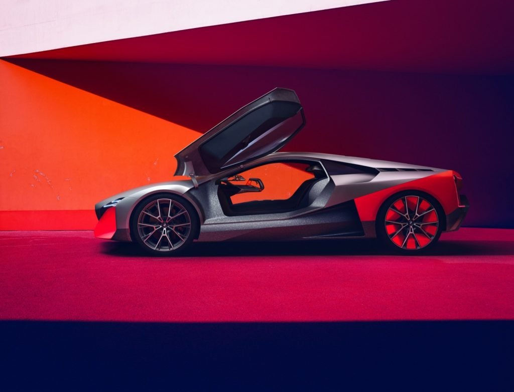 BMW Vision M Next lateral