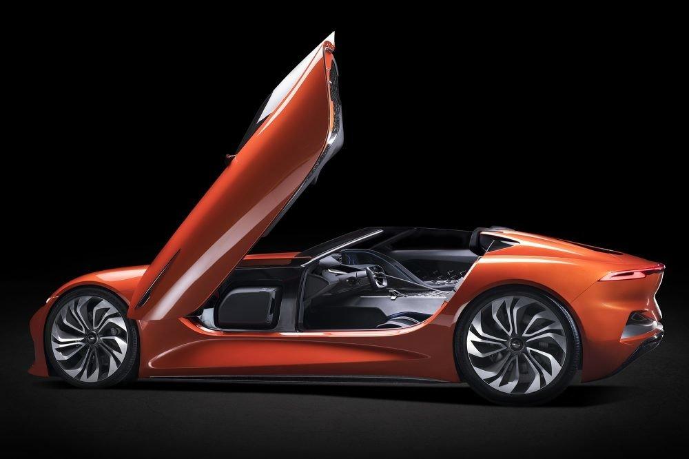 Karma SC1 Vision Concept lateral puerta