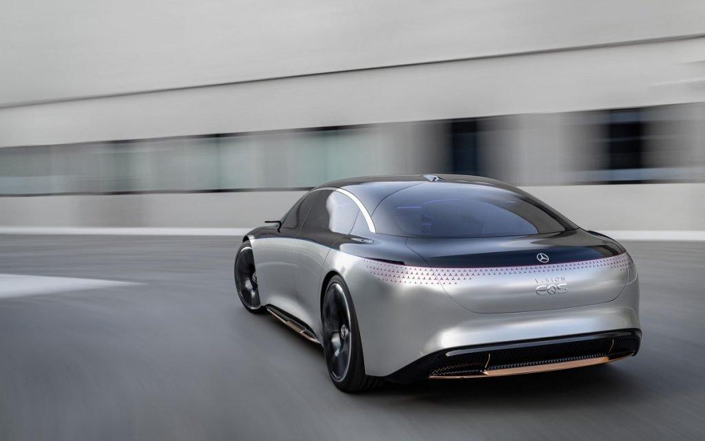 Imagen tres cuartos posterior del Mercedes Vision EQS