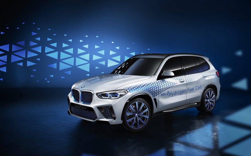 Imagen del BMW X5 con motor de hidrógeno