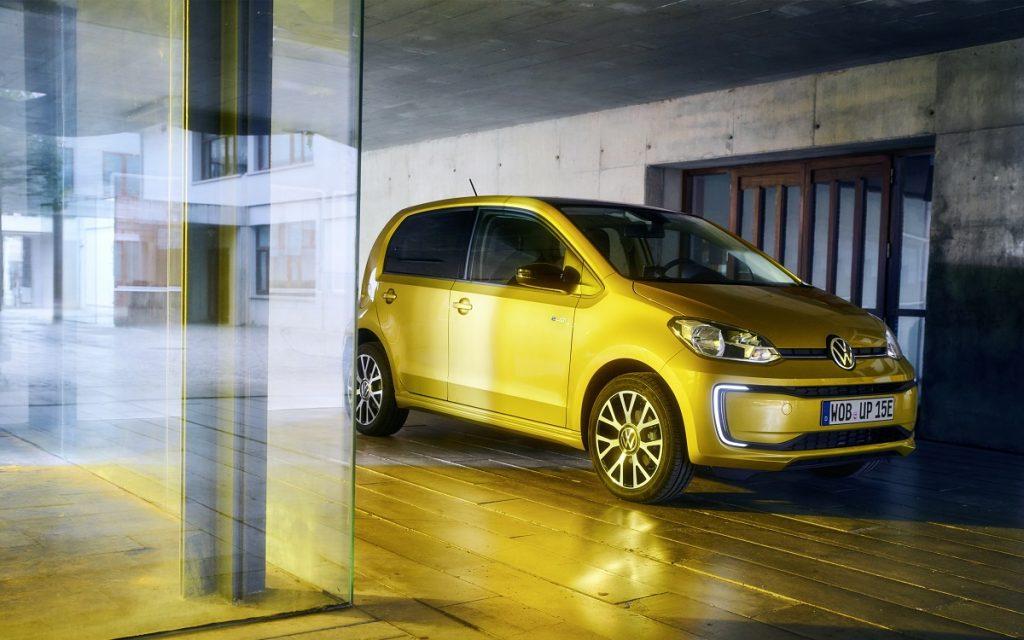 Imagen exterior tres cuartos delantero de un VW e-Up!