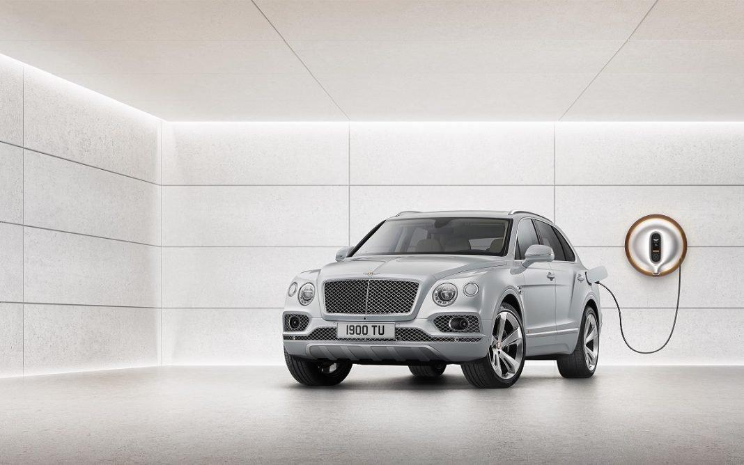 Imagen frontal del Bentley Bentayga Hybrid