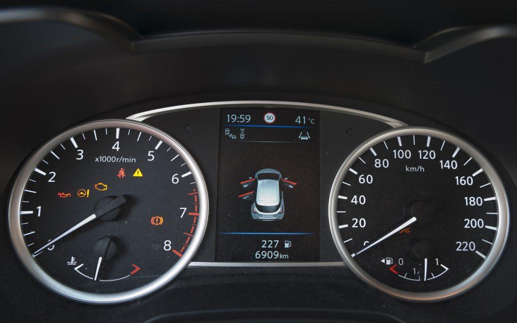 Puertas abiertas en el cuadro del Nissan Micra Tekna