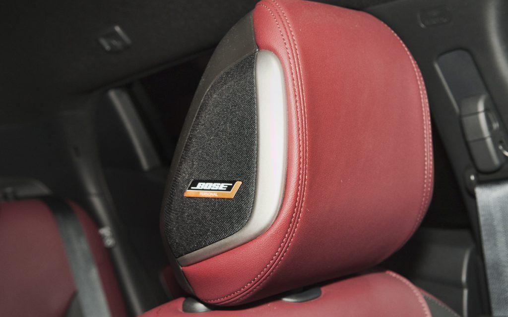 Reposacabezas Bose PersonalSpace del Nissan Micra Tekna