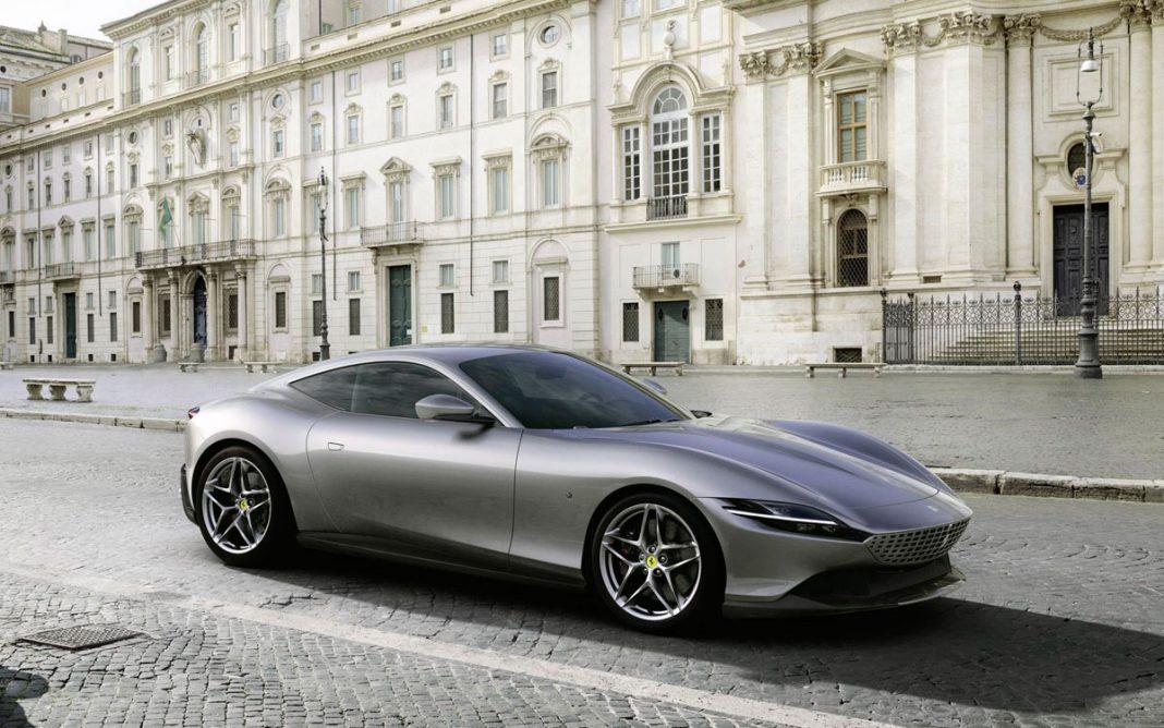 Imagen frontal del Ferrari Roma