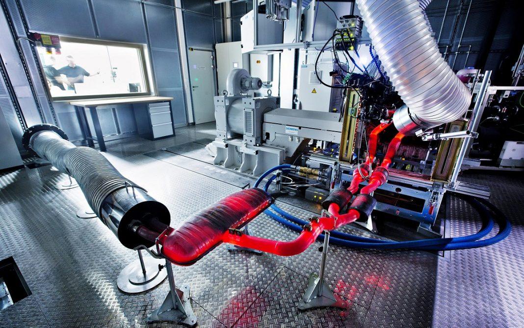 Imagen de un banco de pruebas de motores en Skoda