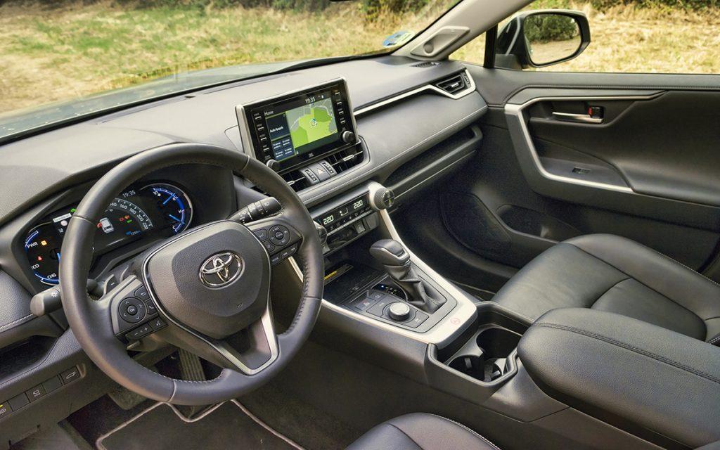 Interior del Toyota RAV4