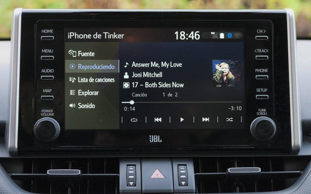 Pantalla de audio del Toyota RAV4