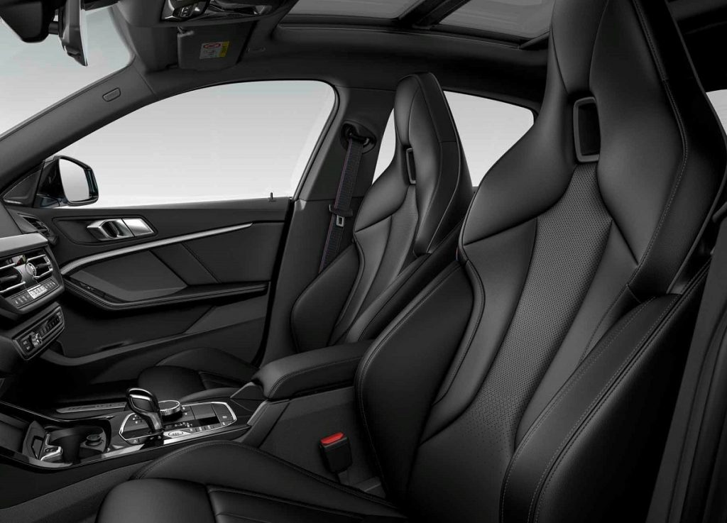 Imagen interior en estudio del BMW Serie 2 GC Black Shadow