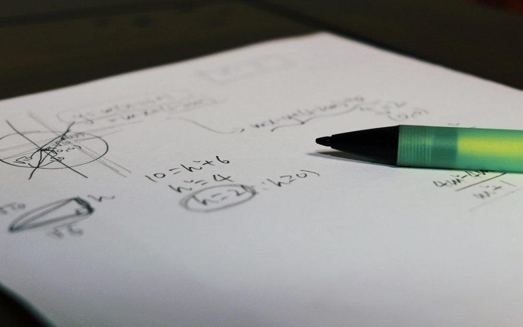 Imagen de anotaciones matemáticas