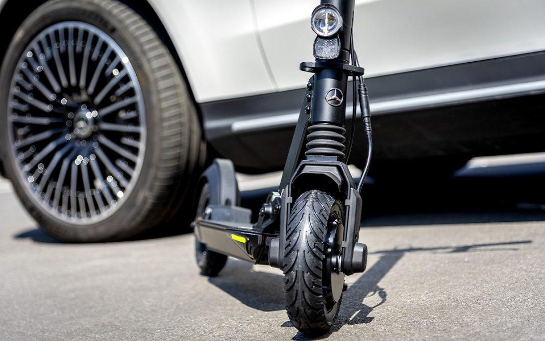 Imagen del nuevo patinete eléctrico de Mercedes