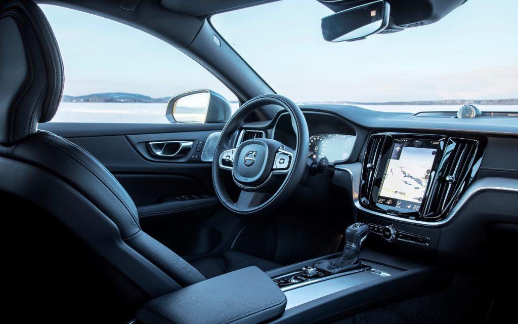 Imagen interior del Volvo V60 Cross Country