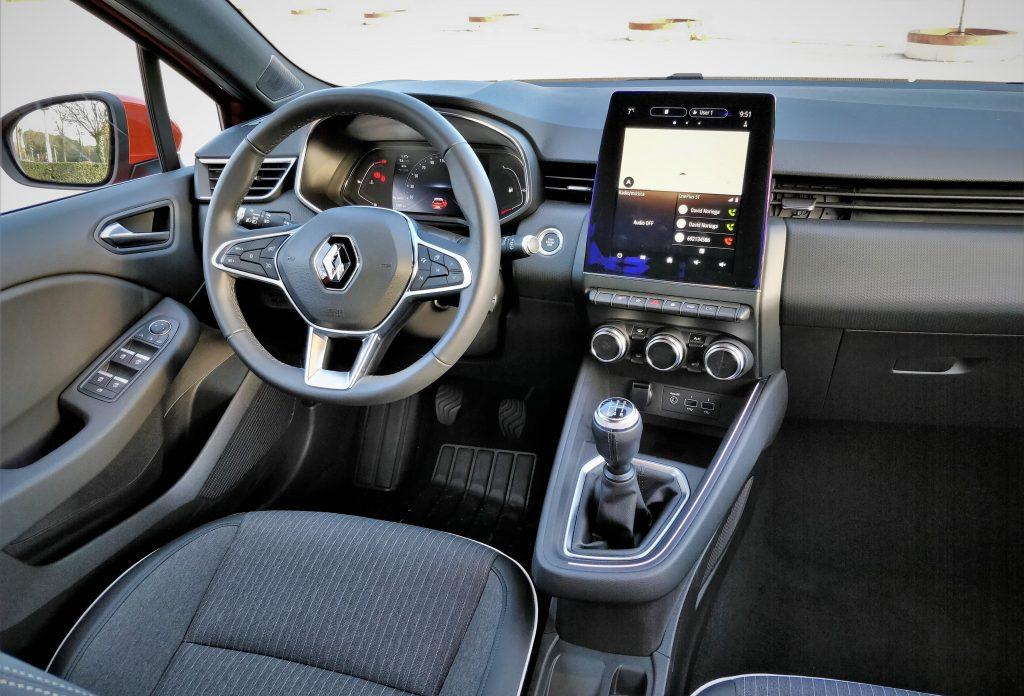 Imagen del salpicadero del Renault CLio