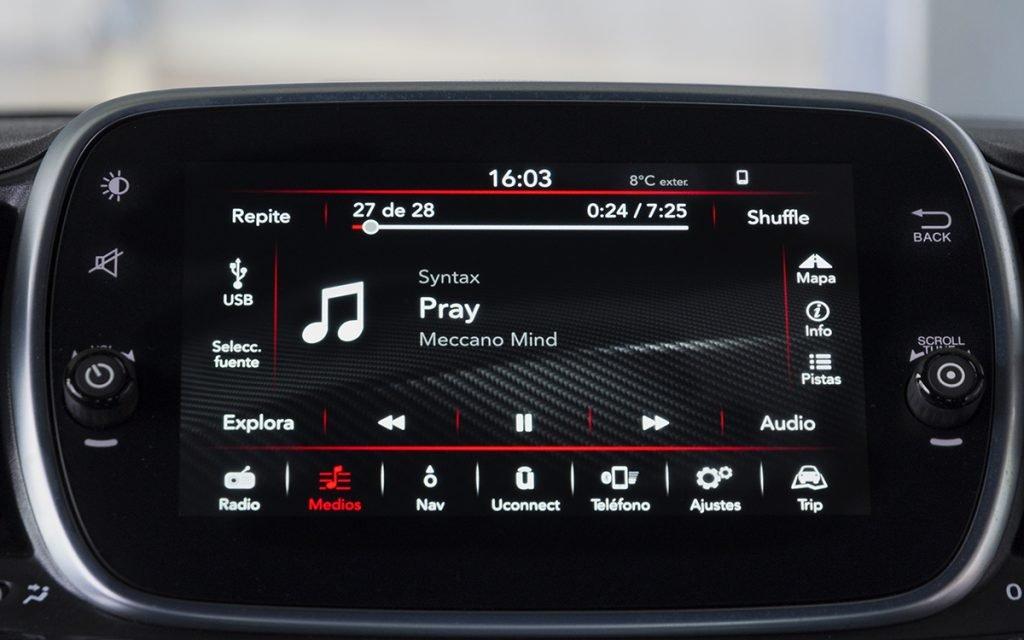 Reproducción de audio en el Abarth 595 Competizione