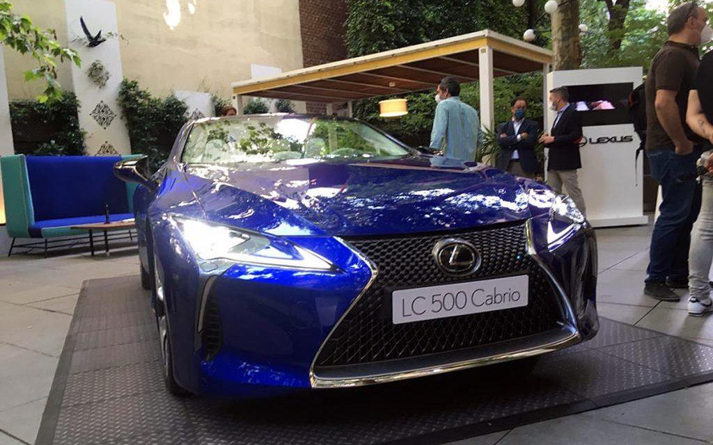 Imagen frontal del Lexus LC 500 Cabrio