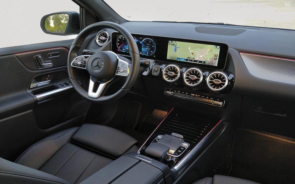 Interior del Mercedes-Benz B200 D