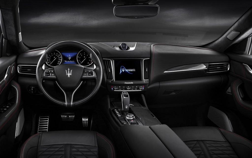 Imagen interior del Maserati Levante
