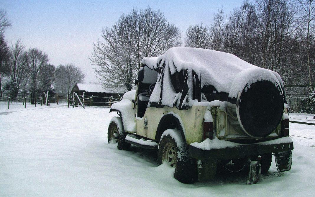 Imagen de un Jeep Abandonado