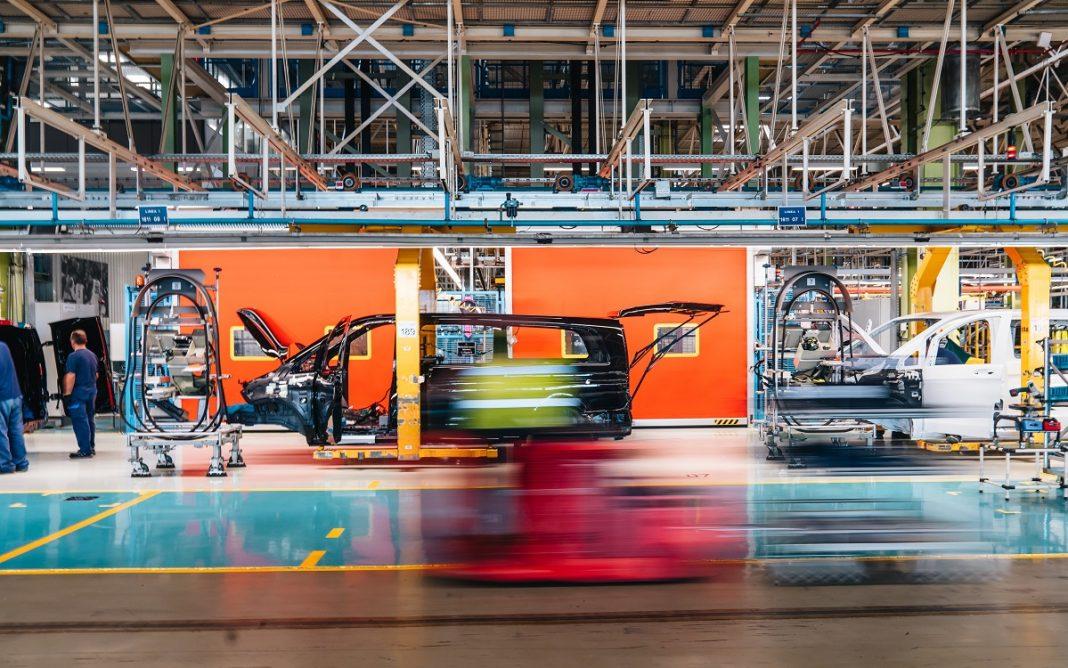Imagen de la Fábrica de Mercedes-Benz en Vitoria