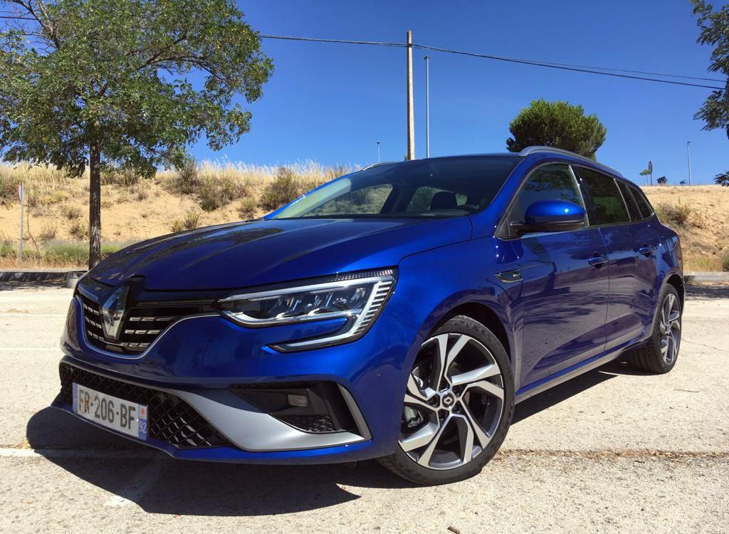 Imagen frontal del Renault Megane E-Tech