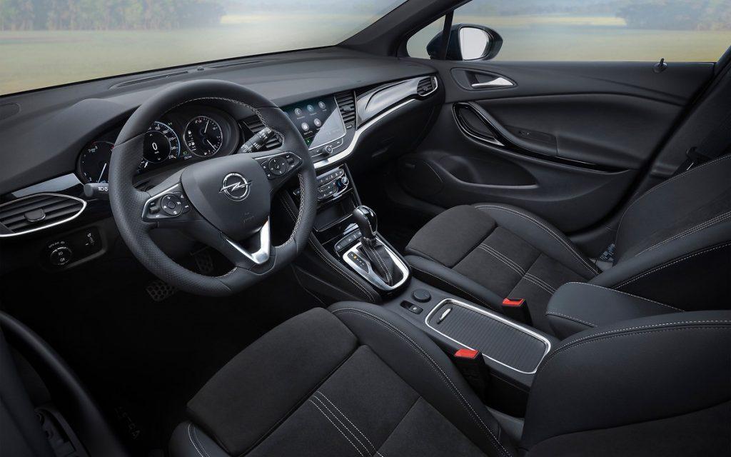 imagen interior Opel Astra