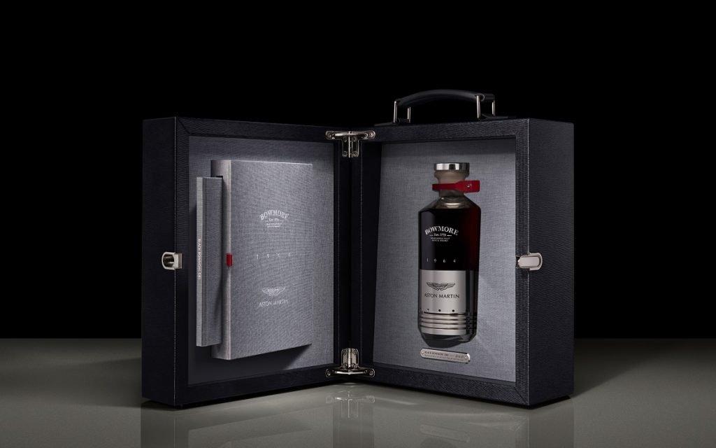 Estuche y botella del whisky Aston Martin Bowmore DB5