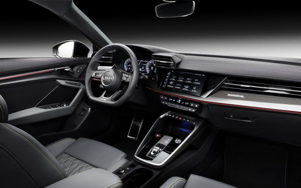 Imagen del salpicadero del Audi S3