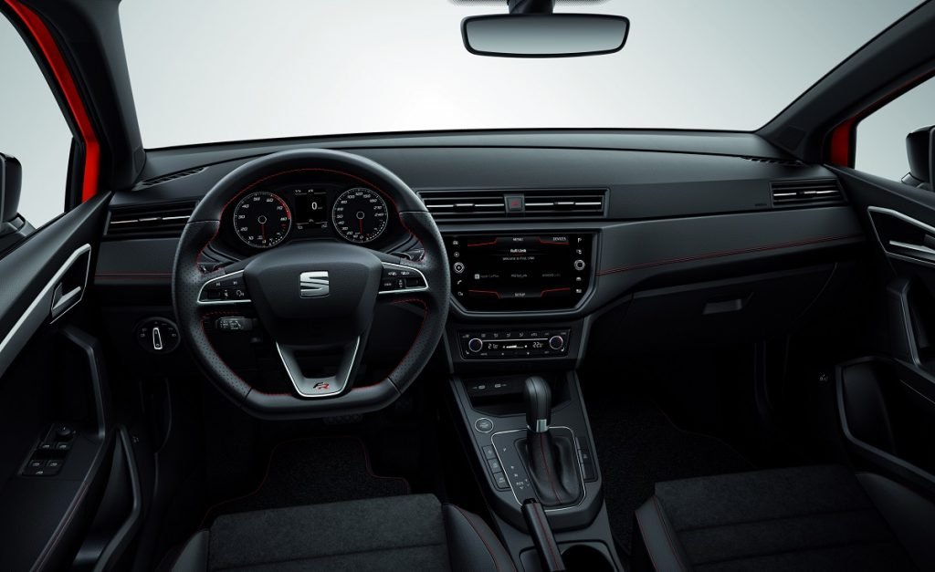 Imagen de un Seat Ibiza por dentro