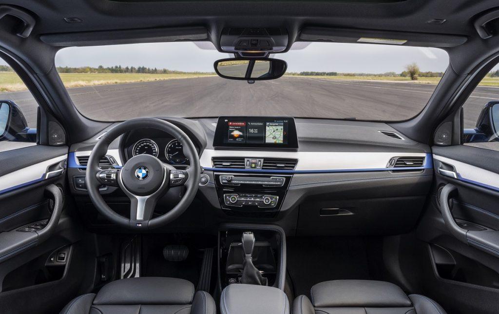 Imagen interior del BMW X2 híbrido enchufable