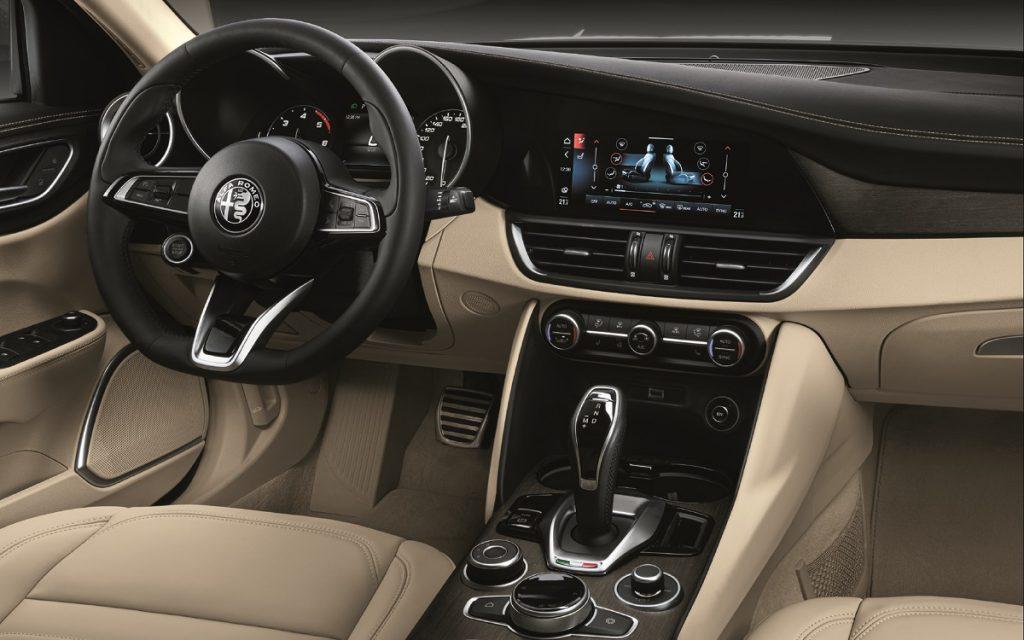 Imagen interior de un Alfa Giulia