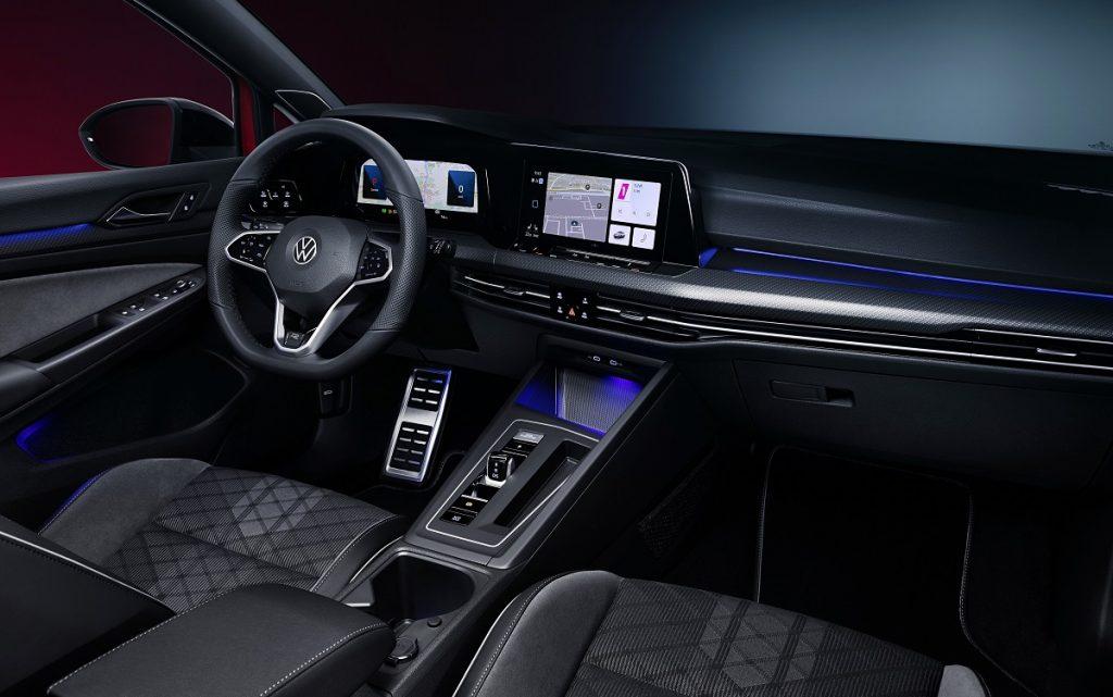 Imagen interior del VW Golf 8 Variant