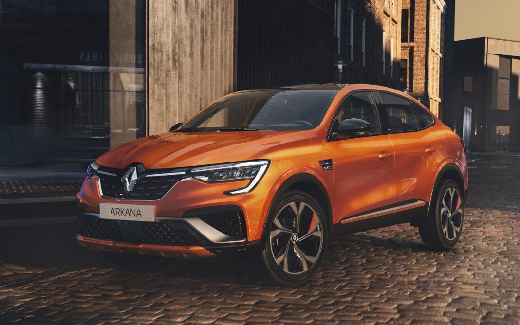 Imagen tres cuartos delantero del Renault Arkana